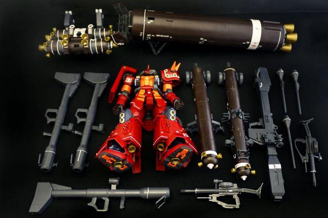 ロケットブースターパーツなど、盛りだくさんの内容を装備します