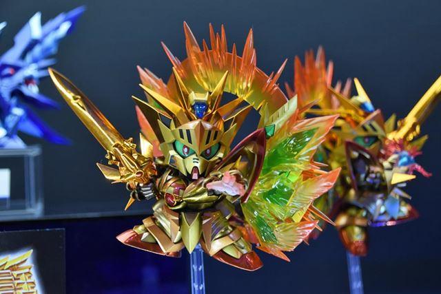 「SDX 太陽騎士ゴッドガンダム 明鏡止水ゴールドバージョン」
