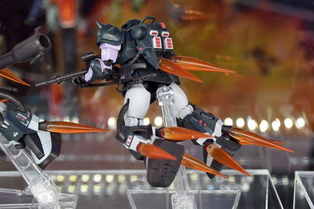 「ROBOT魂 <SIDE MS> MS-06R-1A 高機動型ザクII ver. A.N.I.M.E.〜黒い三連星〜」