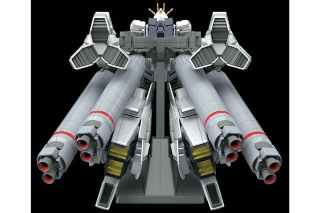 後部に備える大ボリュームの「プロペラントタンク」をダイナミックに再現
