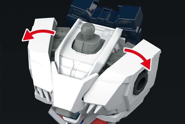 胸部には展開ギミックを搭載。ダイナミックなポージングにも対応