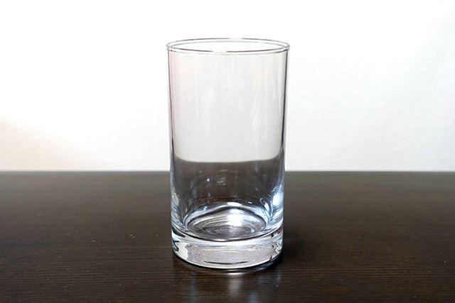 「ガラスのコップ」