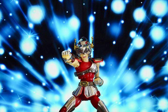 まさにマッハの威力! 光速拳を演出する必殺のペガサス流星拳!