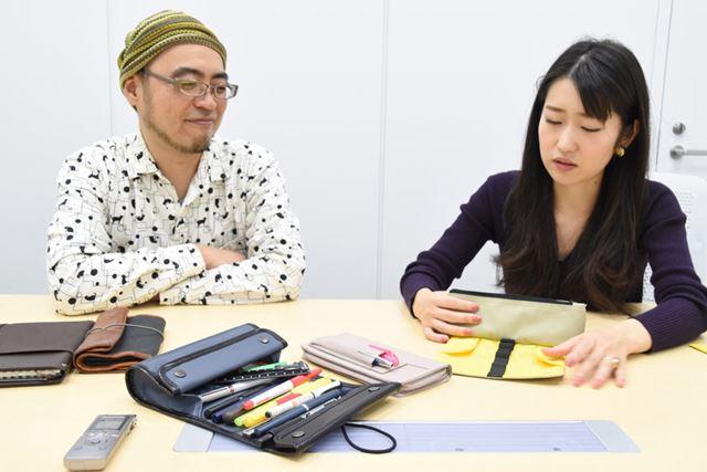 「フラップの4本には、見せびらかす用のお気に入りペンを挿すのもいいかも」と菅さん