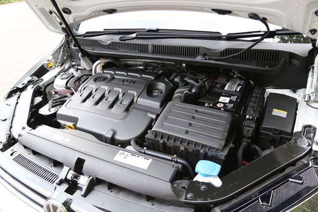 フォルクスワーゲン「ゴルフトゥーラン TDI」へ搭載されている「2リッターディーゼルターボエンジン」