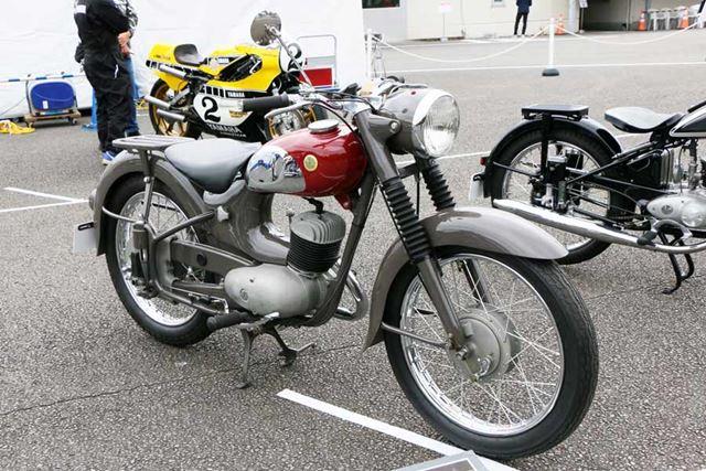 国産初のモノブロックキャブレターを採用した「YC-1」は、富士登山レースで1〜5位を独占する活躍を見せた