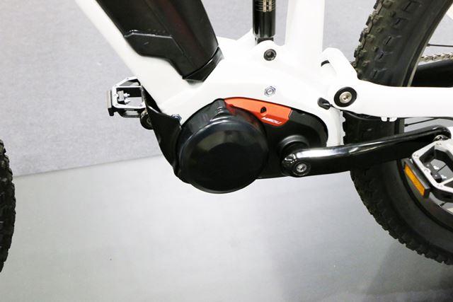 ドライブユニットは「XM2」と同じ、内装変速機を内蔵したタイプ