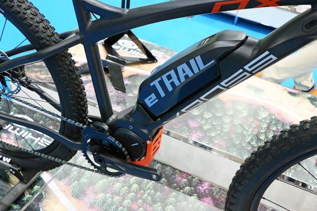 シマノ製のドライブユニット「STEPS E8080」とバッテリーを採用
