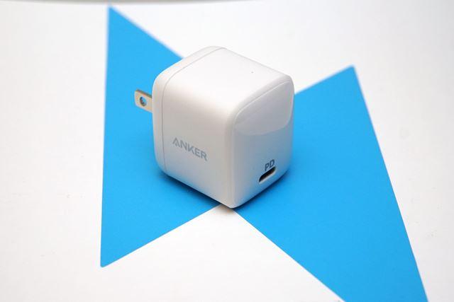 Anker「PowerPort Atom PD1」。4cm四方という超小型ボディが最大の特徴だ