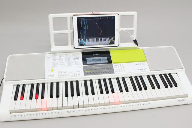 もちろん「メロディマスター」モードでも、ちゃんと鍵盤が光ってくれます