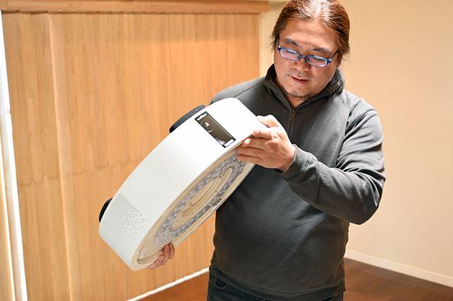 本体の厚みが17cmあるのは一般的なシーリングと異なる点