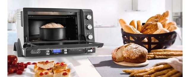 ちょうどホームベーカリーとコンベクションオーブンが欲しかった私に向けて作られたような家電!