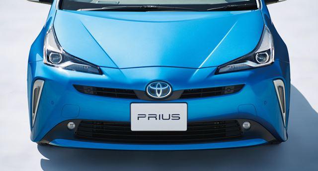 トヨタ 新型「プリウス」のフロントイメージ
