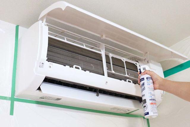 専用のクリーナーを使用すれば、熱交換器の汚れ落としもできます