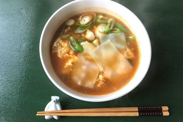 ピリ辛スープにおもちが絡んでかなり食べやすくなります