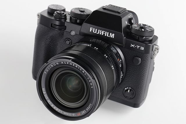 4K/60p動画撮影に対応する富士フイルムの最新モデルX-T3