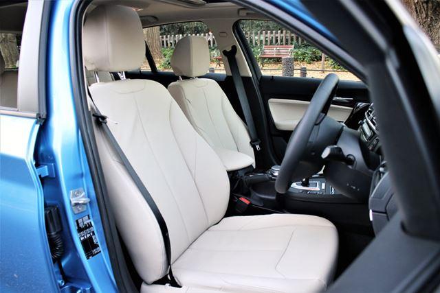 BMW「118d」のシートは、疲れにくく長距離もこなせるほど快適だ