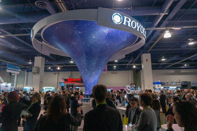 Royoleは「CES 2019」会場で存在感のある大きなブースを出展。各国メディアの注目度も非常に高かったです