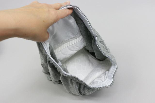 吸収量に応じてサイズが異なりますが、下着の内側にパッドが縫い付けられています
