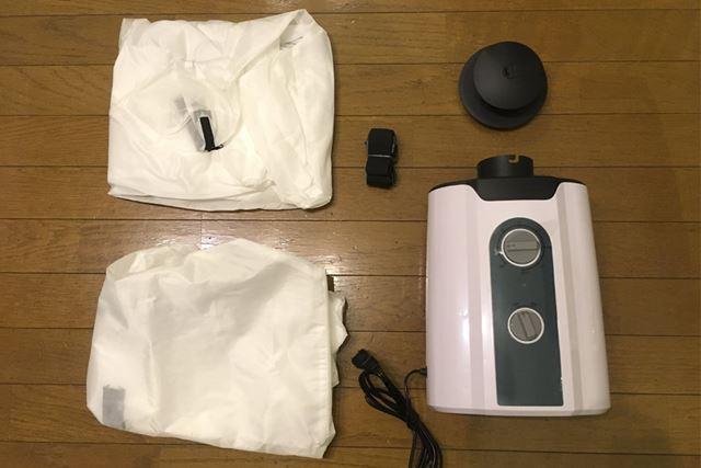 本体、シャツ乾燥バッグ(大/小)、吊(つ)り下げ用ベルト、接続・送風口カバー、説明書が入っていました