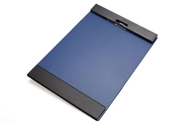 機能性に加えて、ソリッドなデザインも優秀な「クリップボード マグフラップ」