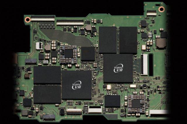 画像処理エンジンを2つ搭載するダブルTruvePic VIIIを採用