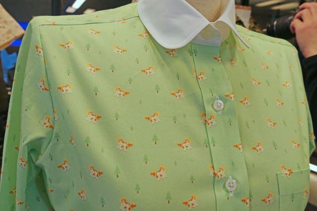 カジュアルなシャツに合いそうなポニータ柄