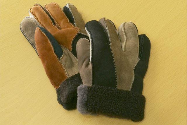 普段の外出時に使っている防寒用の手袋。これくらいの防寒性はほしいところなのですが……