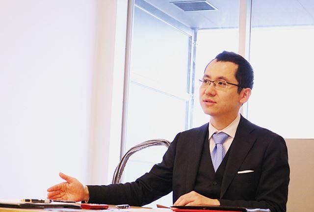 伊勢田篤史(いせだ・あつし)さん。弁護士・公認会計士。日本デジタル終活協会・代表理事。相続問題に取り組む中で、デジタル遺品の取り扱いの重要性を認識。メディア出演や、セミナーなどで相続対策やデジタル終活を広めている