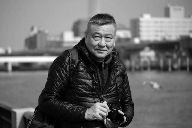写真家、小平尚典氏は自前の「X-H1」に今回チョイスした交換レンズを付けて撮影に参加