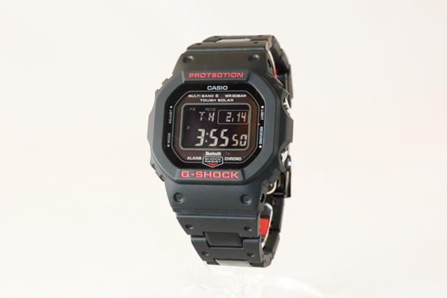 G-SHOCK「GW-B5600HR-1JF」。公式サイト価格は、28,080円(税込)