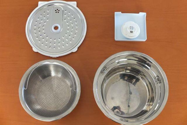 新モデルで毎回使用後に洗う必要があるのは、外釜、内釜、内ぶた、蒸気口の4種類