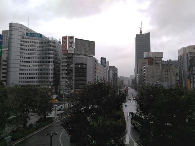 東京駅の八重洲口から日本橋方面を撮影