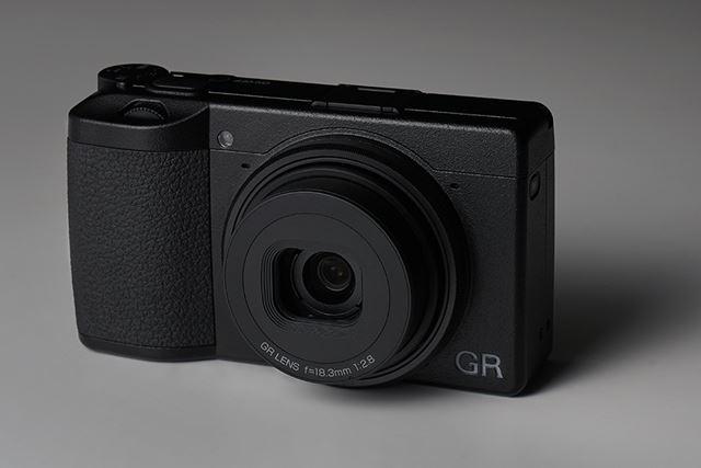 3月15日の発売直後から人気を集めているGR III