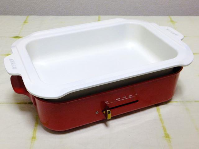 セラミックコート鍋。キズや焦げが付きにくいので、煮込み料理や蒸し料理に最適