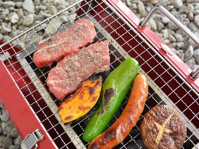 炭の熱が増してきたのか、2巡目の肉が焼ける前に野菜がいい感じに焼けてしまった