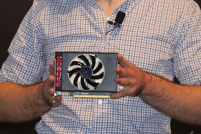 Radeon R9 Nanoのリファンレスカード。その見た目どおりのコンパクトなモデルとなっている