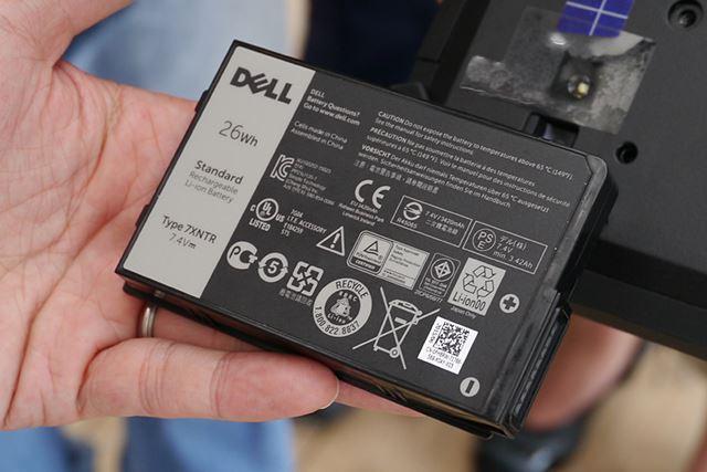 電源を切らずにバッテリーを交換できるホットスワップに対応