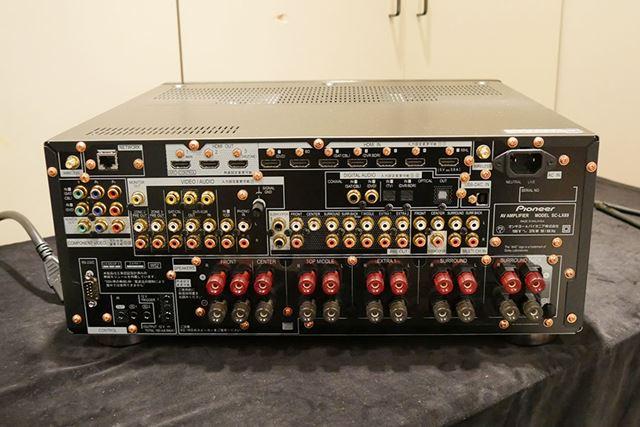 SC-LX89の背面(リア)