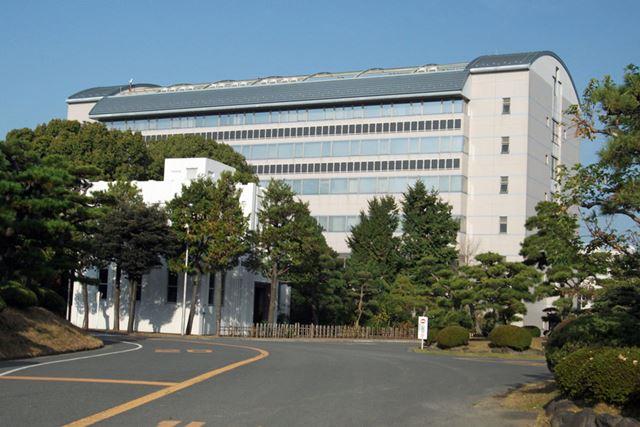 横浜ゴムのR&Dをリードする「RADIC」は、神奈川県平塚市にある。旧海軍の跡地に建設されたもの