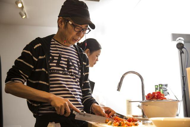 冷凍のフルーツや野菜などを上手く利用することで、本格料理が簡単に作れる!ホームパーティの味方だ