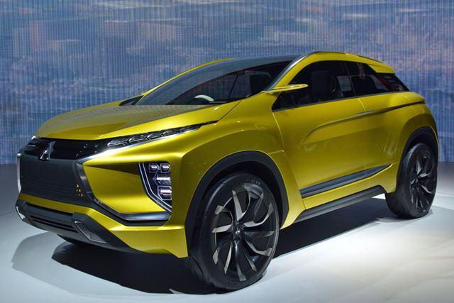 航続距離400kmという現実感のあるスペックを備えた4WDのEVである「 eXコンセプト」