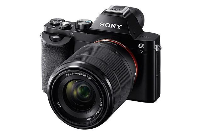 α7にFE 28-70mm F3.5-5.6 OSS SEL2870を装着したイメージ