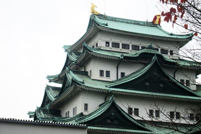 現在の外観は、国宝第1号指定を受けた昭和5年の頃の姿を正確に復元している