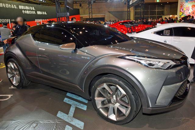 2016年中に発表されるというトヨタの新型モデルC-HRのコンセプト