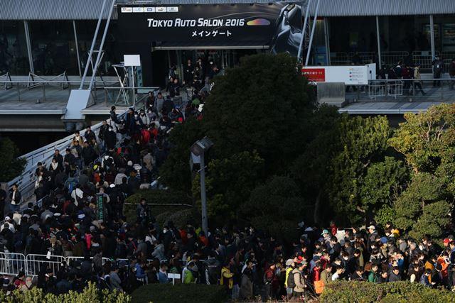3日間で過去最高の来場者である32万5501人を記録した今回の東京オートサロン
