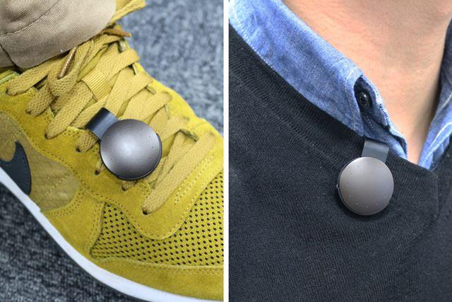 付属のクリップで靴や衿元に装着したり、ポケットに入れてもOK