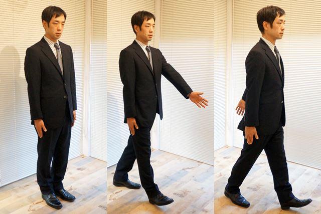 片側の腕が動かないように意識しながら、逆側の腕を前後に動かして歩行