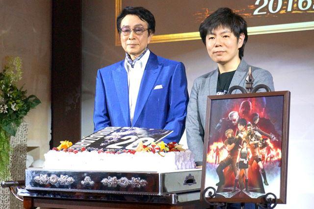 バイオハザードの愛好家であるアナウンサーの鈴木史朗さんと、バイオハザードのプロデューサーの川田将央氏