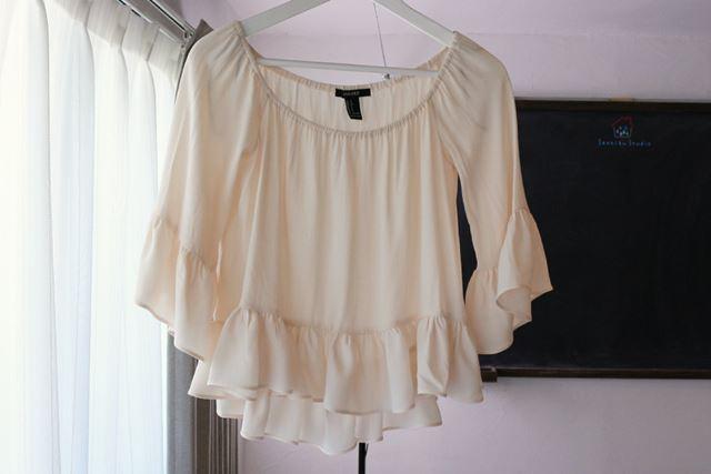 袖や裾のギャザーに立体感が出て、デザインのかわいらしさが引き立ちました